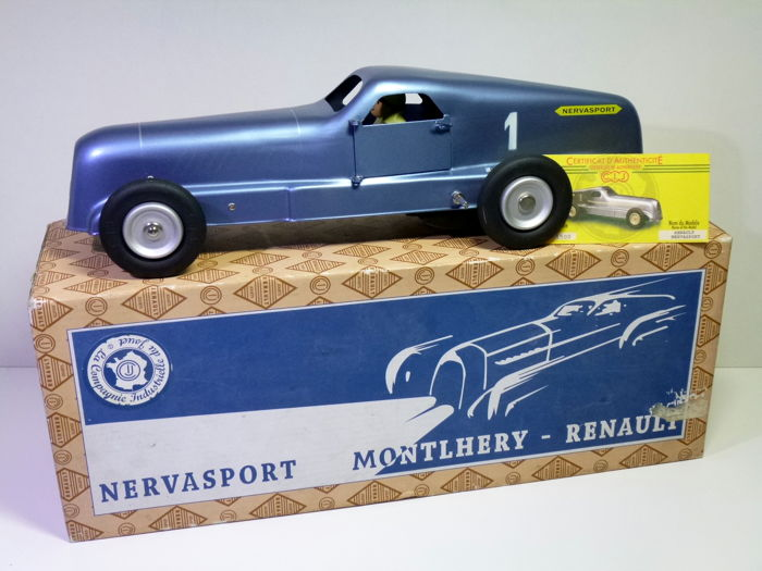 CIJ / JRD # Blikken RENAULT MONTHLERY NERVASPORT in Original Box, clockwork.