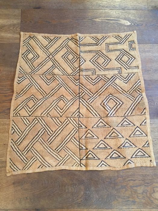 Superb traditional textile - SHOOWA - D.R of Congo