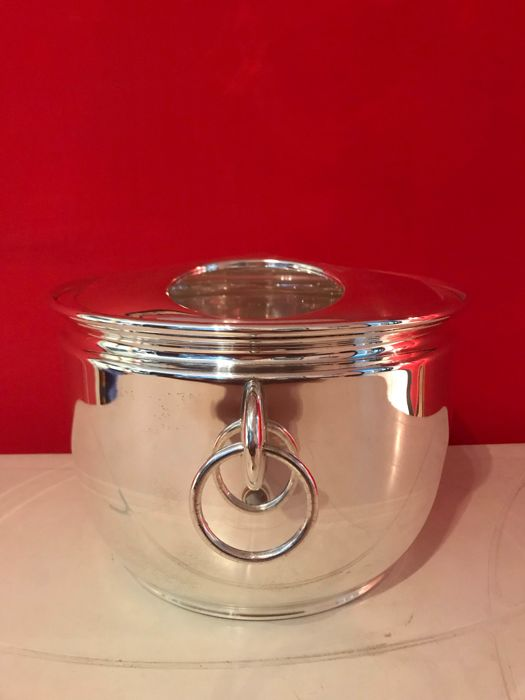 Silver plated Wine/Champagne cooler with lid for 3 bottles