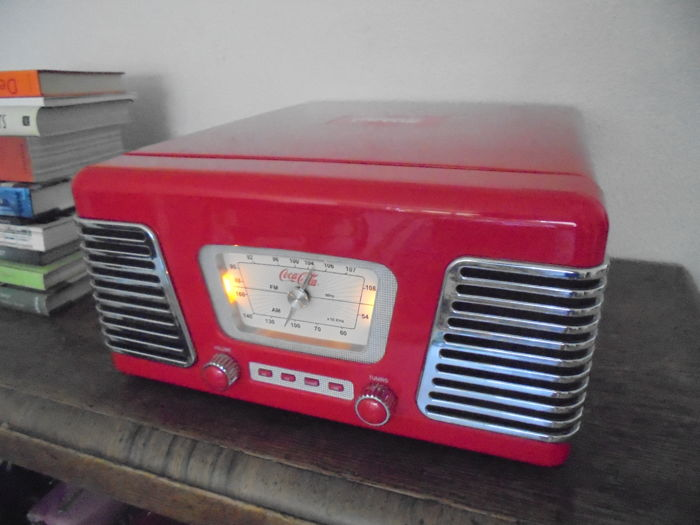 Nostalgic Coca-cola Record Player/Radio/USB