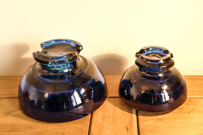 Two electricity insulators blue - large and medium Total weight - 4.398 kg