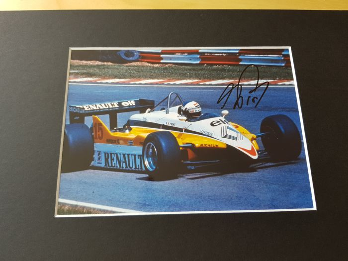 Alain Prost - reanult Formula 1 -  hand signed photo in professional passepartout + COA.