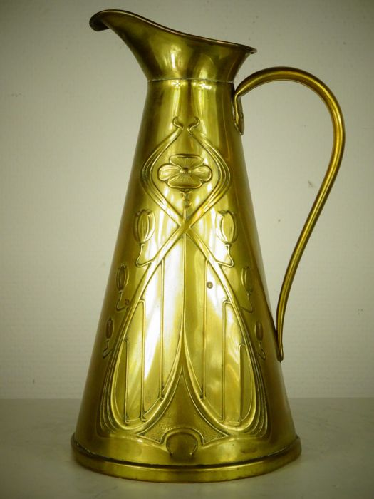 Joseph Sankey and Sons - Arts and Crafts brass pitcher - England, circa 1900