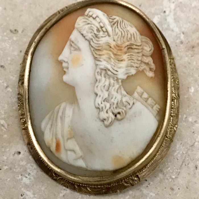 Antique shell cameo, 2nd half of the 19th century