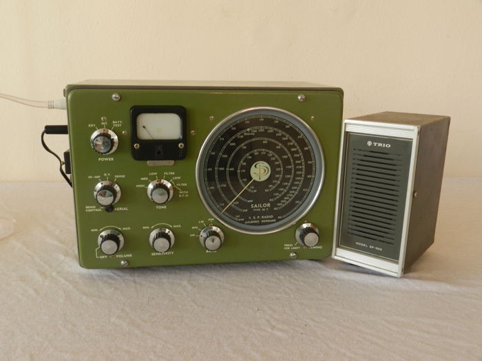 Vintage Marine Communication Reciver with Direction Finding , Sailor 46R with speaker S.P.radio A/S Allborg Denmark