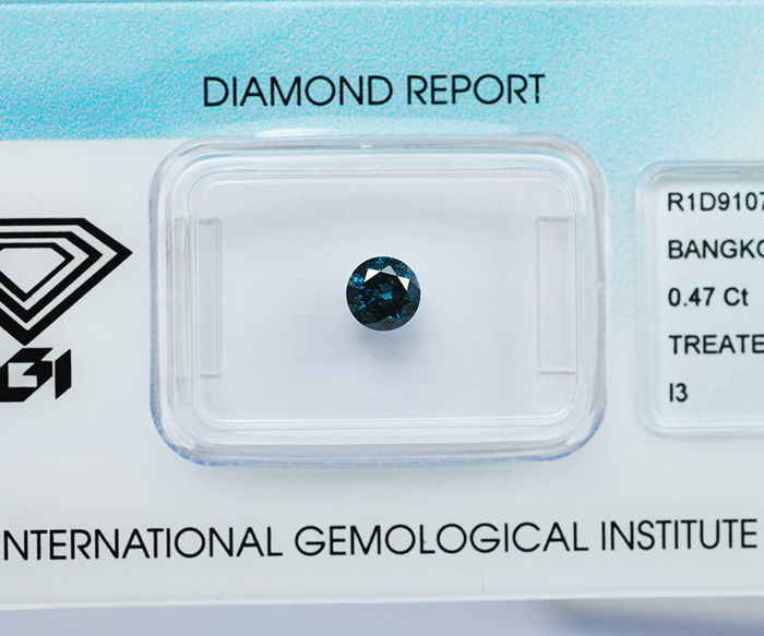 Blue diamond of 0,47 ct.  IGI Report