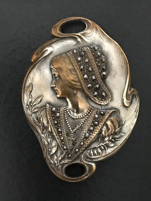 Art Nouveau wide silver plated metal and steel belt buckle