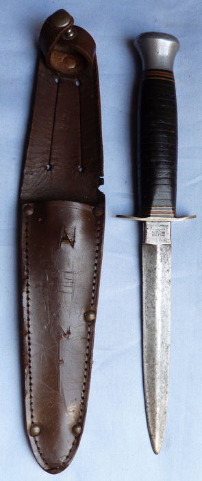 British Army WW2 Combat Fighting Knife and Scabbard #1