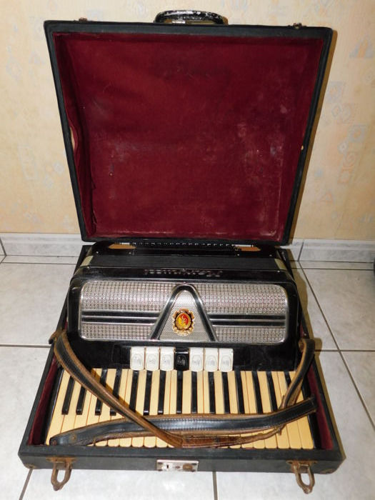Marinucci 120 Bass Accordion. Late 20th Century