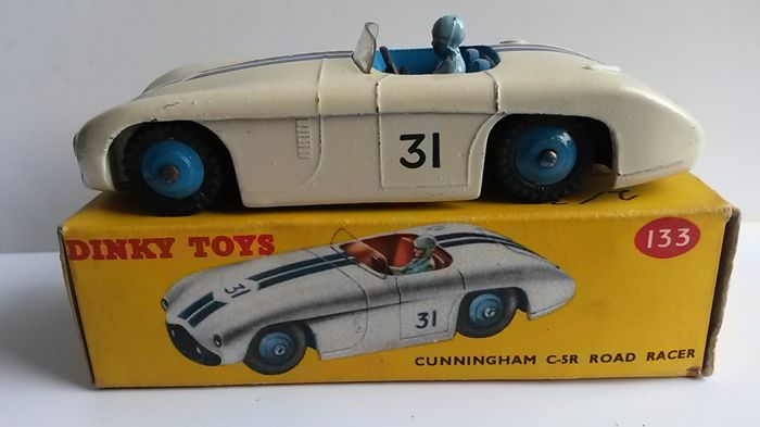 Dinky Toys - 1:48 - Cunningham No.133 - 1959