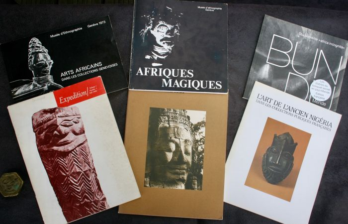 6 Books : Afriques Magiques of Claude Savary - OE - 1982  - French - Arts Africains of A. Jeanneret - OE -1973 -  French - L'Art de l'ancien Nigéria - French - Bundu Mende of Burkhard Gottschalk 1990 - French - Expédition - 1964 in English - RES 14 Autumn of Francesco Pellizi - 1987 - English