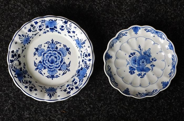 The Porceleyne Fles - two hand painted Delft blue plates