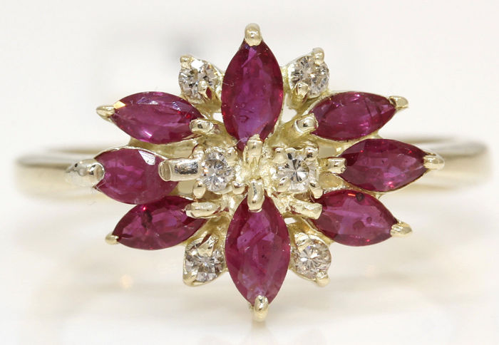 1.02 ct ruby and diamond ring in 585 / 14 karat yellow gold -no reserve price-