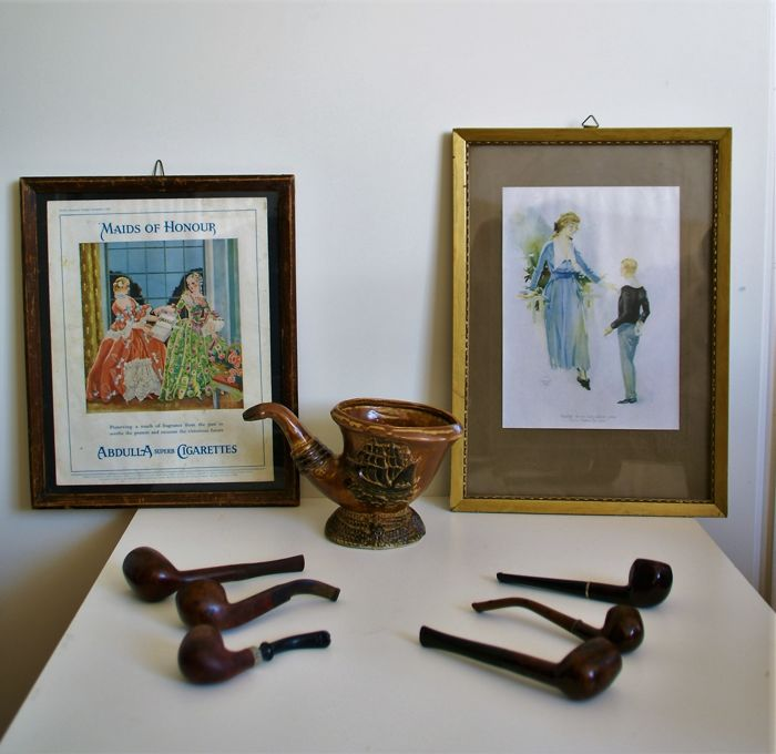 nice lot of 6 vintage brand pipes, 2 old advertising affiches,ceramic pipe holder