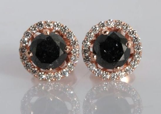Ear studs set with black diamonds of 1.90 ct and with 34 brilliants ***No reserve price***