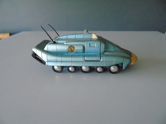 Dinky Toys - 1:43 - Spectrum Pursuit Vehicle - Complete with its missile