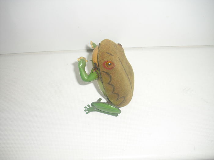 Günthermann Germany US zone - Frog with wind-up mechanism - 1940/50s