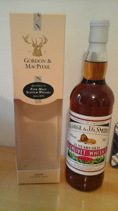 Glenlivet 21 years old - Single Malt by Gordon & Macphail