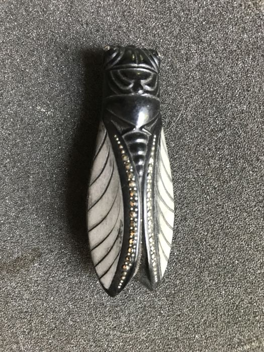 Art Deco Cycade in Bakelite with marcasite, genuinely from that time