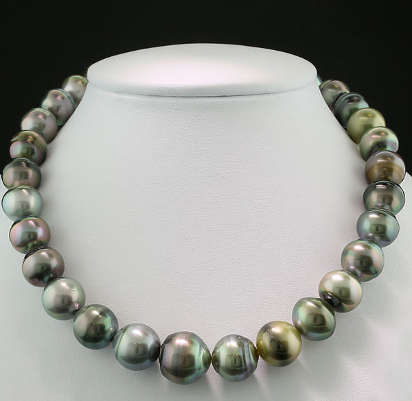 Multicoloured Tahitian pearl necklace 12-15.4 mm beautiful lustre - no reserve -
