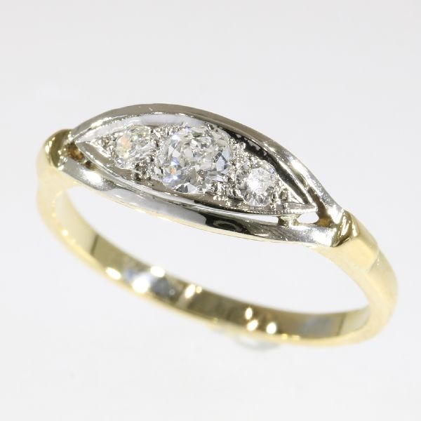 Cute diamond gold engagement ring - anno 1930
