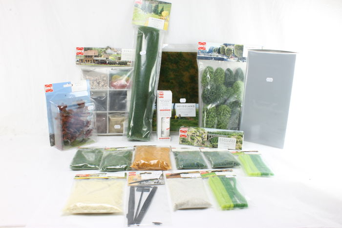 Busch H0 - Scenery - Collection of trees, litter, glue, plaster and more