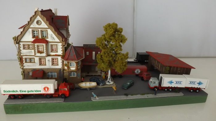Roco, Wiking N - Scenery - Diorama (goods) station incl. 3 freight cars