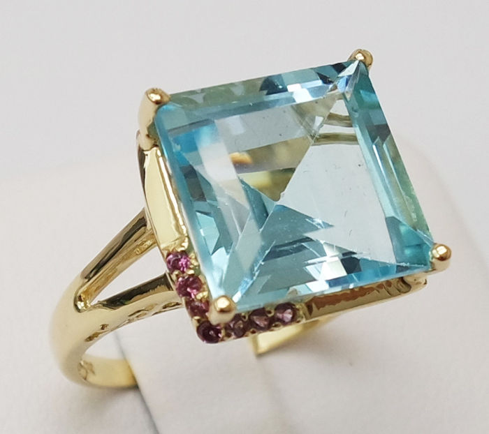 Blue Topaz and Amethyst 14KT Yellow Gold Ring , Ring size N 1/2