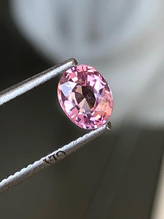 Pink sapphire 1.03 ct