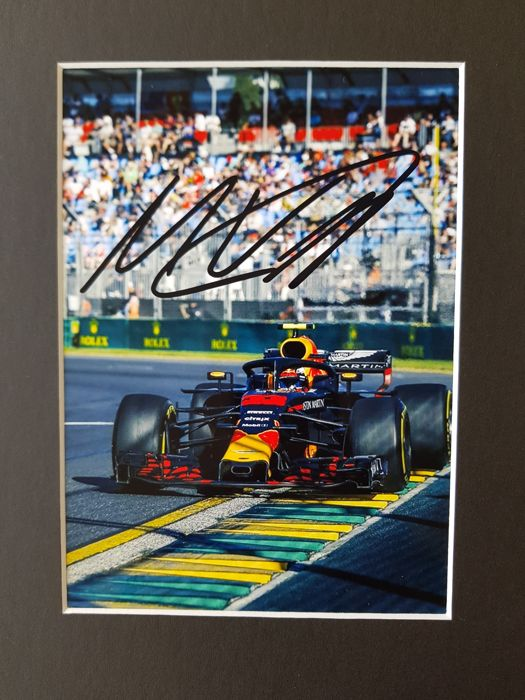Max Verstappen Red Bull F1 2018 Hand Signed Photo In
