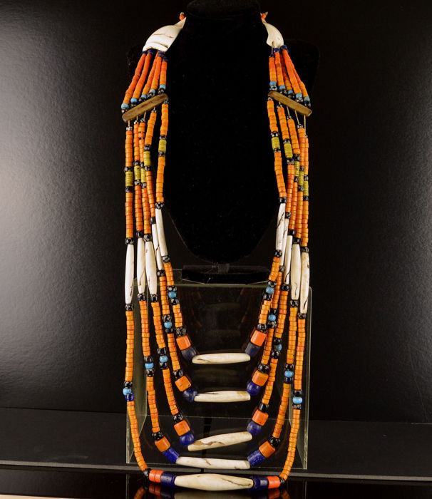 Large Naga Necklace with large shell clasp - Early 20th Century