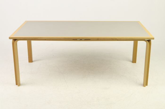 Rud Thygesen and Johnny Sørensen for Magnus Olesen - designer table