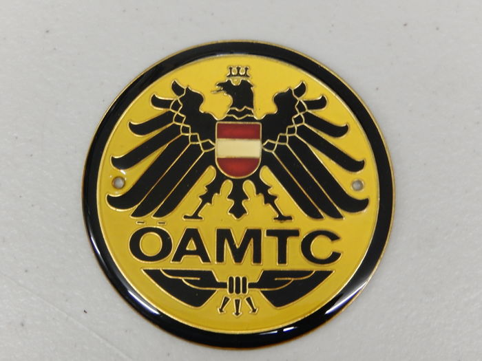 Insignia - Vintage OAMTC Austrian Automobile Club Car Badge - 1980