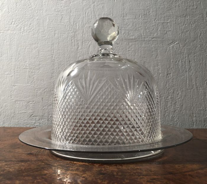 Cut crystal bell jar on saucer, Netherlands, late 19th century.