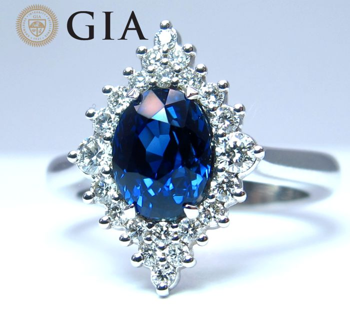 Sapphire Ring, 2.33 ct. Cocktail Engagement Diamond and Unheated natural Sapphire gemstone Ring in 18K / 750 White Gold - Size 6.5 US/ 17 / 53 EU - GIA Certified.