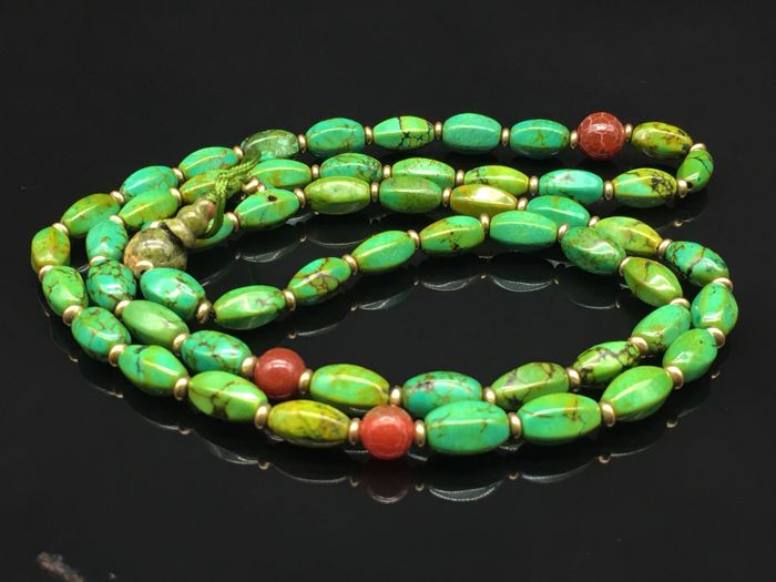 Tibetan Buddhist turquoise necklace. 20th century