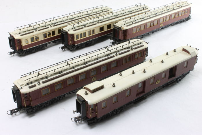 Trix H0 - 23790/23791/23792/23793/23794 - Passenger carriage - Orient Express - CIWL
