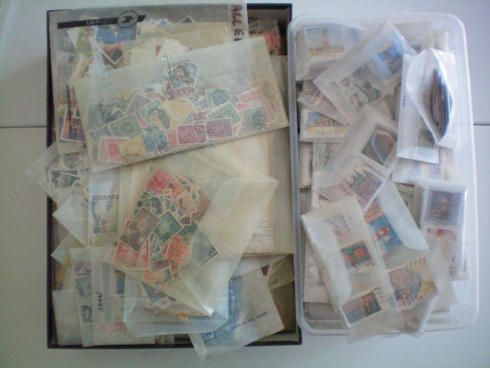 World 1896/2010 - bulk of thousands of stamps