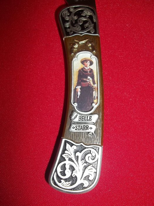 """Franklin Mint -Collector Knife from """"The Legends of the West"""" series - Belle Star - 24 Carat gold plated and silver plated."""