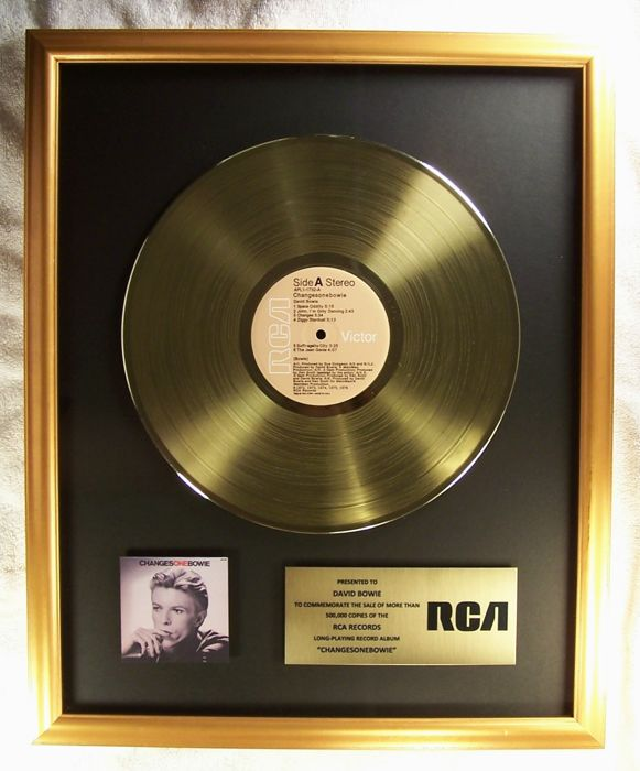 """David Bowie """"Changesonebowie"""" LP Official In-House Award Gold Record Award RCA Records"""