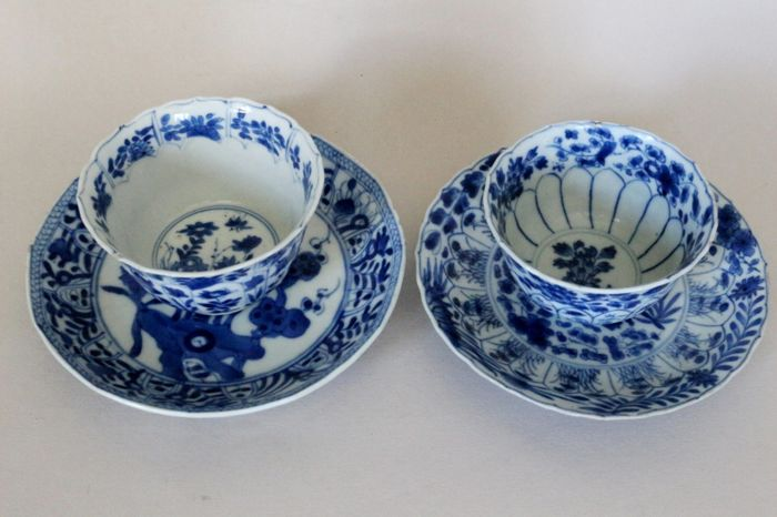 Pair of cups with saucers, decorated with blossoms and rocks - China - 17th / 19th century