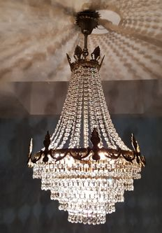 Chandelier made of high-quality crystal, 2nd half of the 20th century
