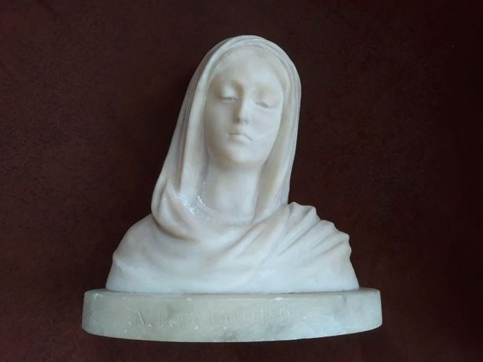 Alabaster bust Mary - 2nd half of the 20th century
