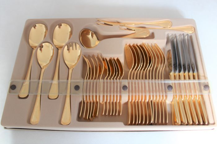 "High-quality cutlery from Olympia - Model ""Perlrand"" (beaded edge) - Solingen, Germany - 23/24 carat hard gold-plated - Complete set for 6 people (37 pieces) - Mint condition"