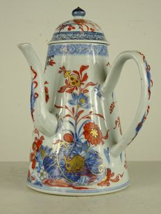 Large and fine Imari chocolate jug - China - Kangxi period
