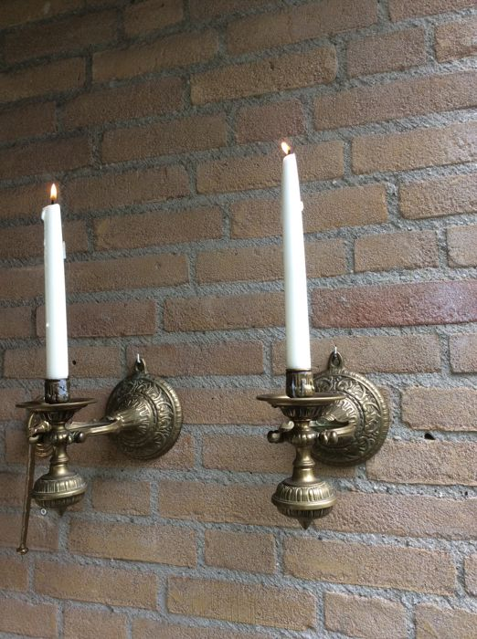 Two old ship/boat candlesticks made of brass - 20th century