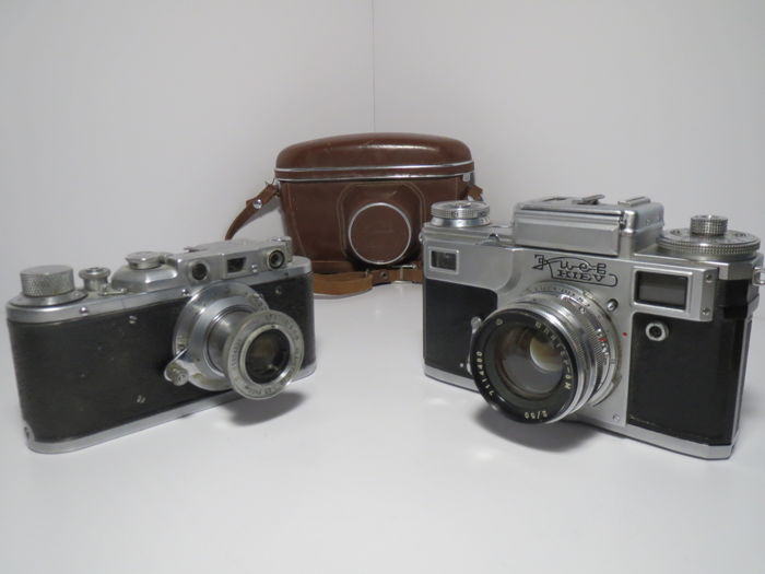 """Zorki"".  First year of production(with intermediate factory numbering, not tied to the year of production) (1948)+""Kiev-4"" Completely working !! ( 1971)"