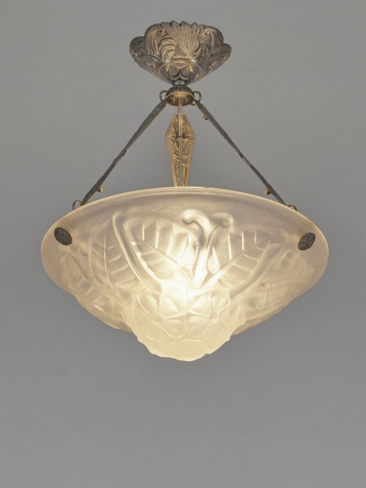 Degué - Art Deco chandelier -  nickel plated bronze and moulded-pressed glass