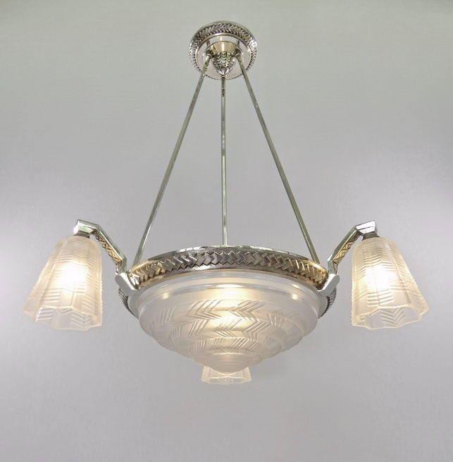 Petitot - Art Deco chandelier  - nickel plated bronze and moulded-pressed glass