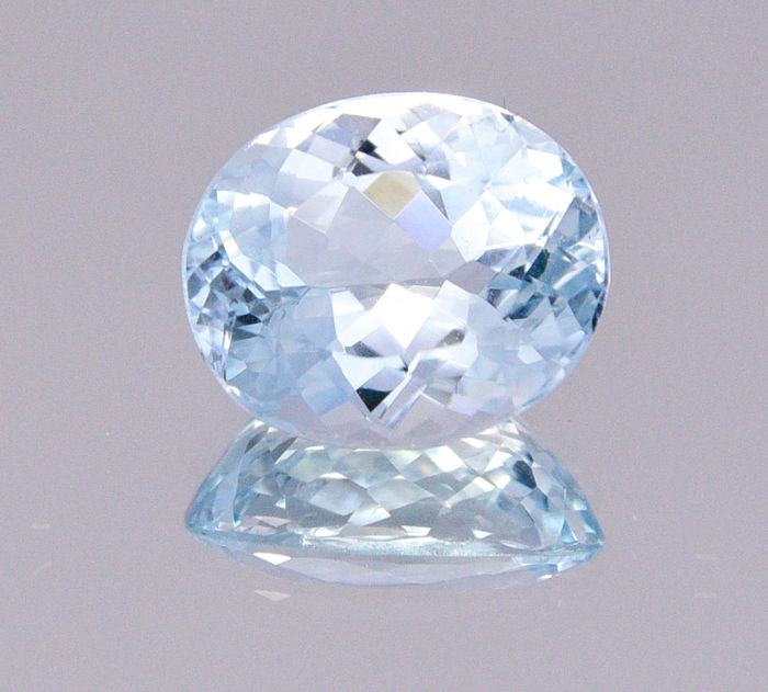 "Aquamarine - Very clear blue - 3.10 ct - ""No reserve price"""